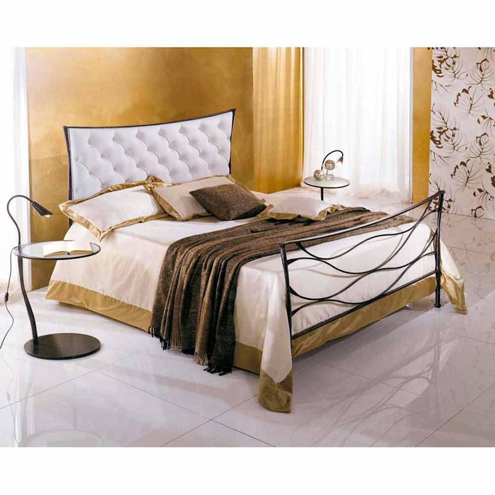 Battuto Idra Capitonnè Jugend Queen Size Bett aus Schmiedeeisen