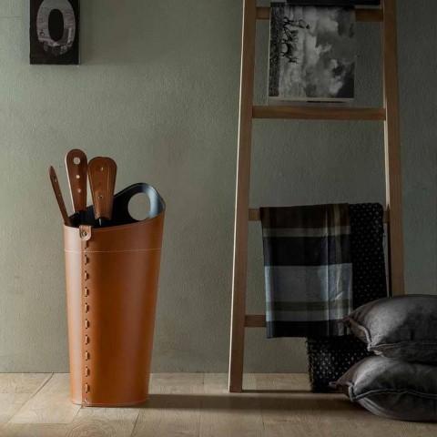 Kaminzubehör mit Nilar Lederhaltern, modernes Design