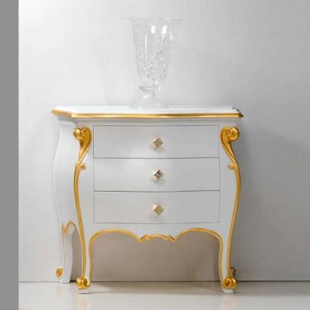 Nachttisch im klassischen Wohnstil mit goldenem Applikationen Bio handmade