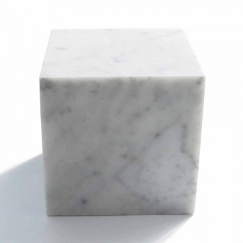 Briefbeschwerer im Würfel-Design aus satinweißem Carrara-Marmor Made in Italy - Qubo