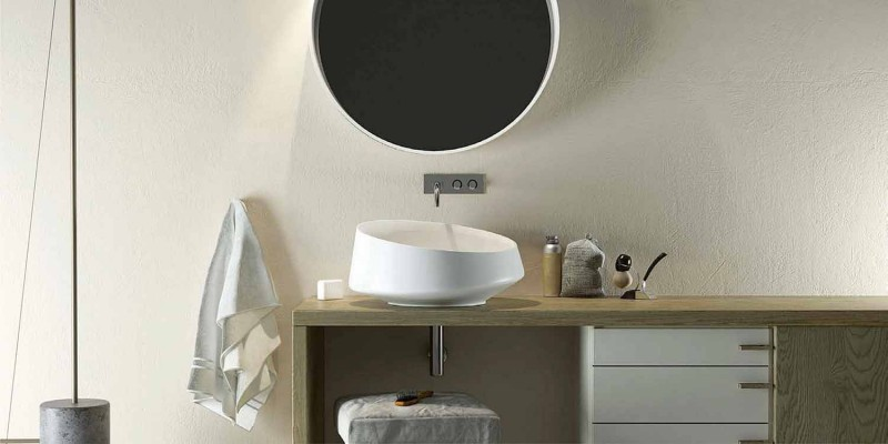 Freistehendes freistehendes freistehendes Waschbecken, hergestellt in Italien, Dongo