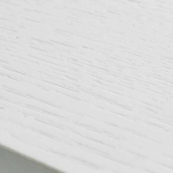 Ausziehbarer weißer Tisch mit Struktur aus natürlichem massivem Rico