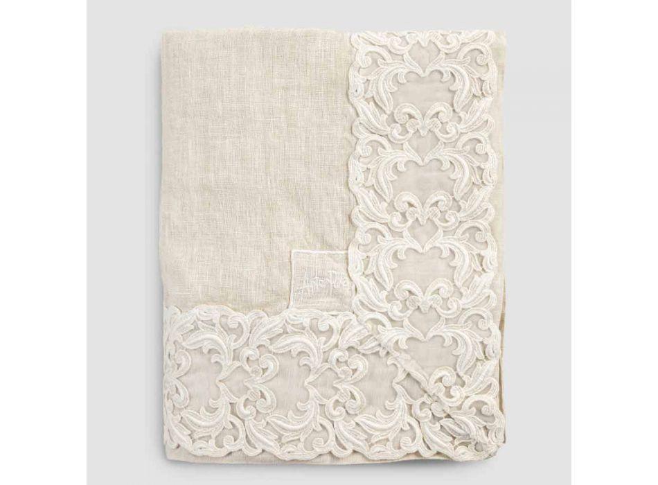 Beige rechteckige Leinentischdecke mit Farnese Luxury Artisan Lace - Kippel