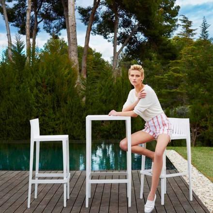 Vondom Spritz Gartenset: weißer Tisch und 2 weiße Hocker von Design